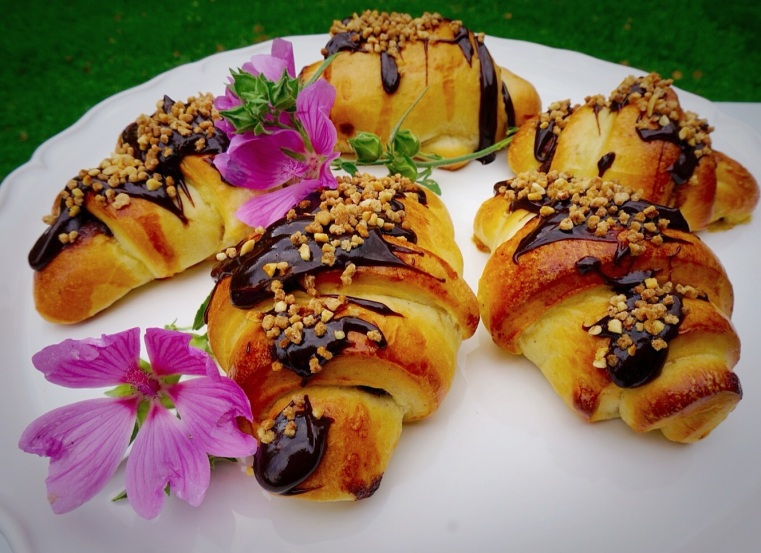 Nutella-Crocant rolls
